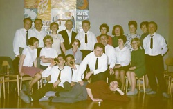 1964 Junge Familien mit Pfarrer Krause